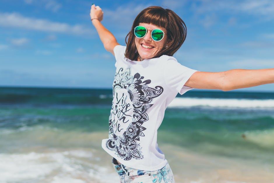 Eine gute Sonnenbrille kann ein Lebensgefühl wiederspiegeln.