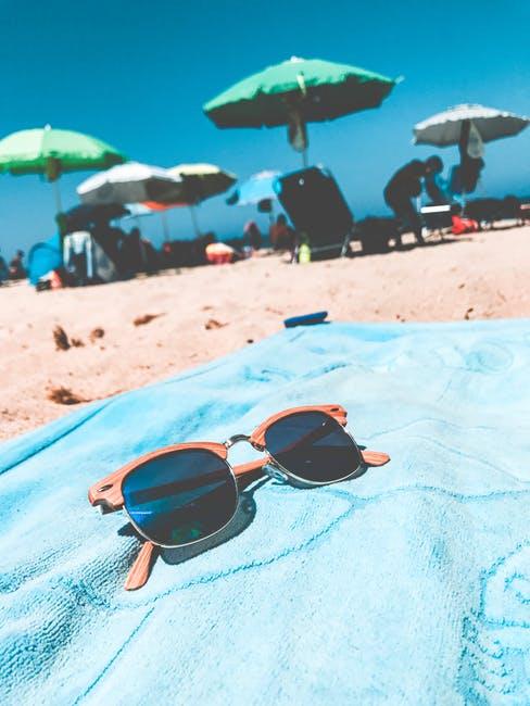 Augenschutz mit Stil im Sinne der Browline-Sonnenbrille.